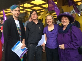 Banner - Petition: Defend union rights at UTS; lift suspension of NTEU President