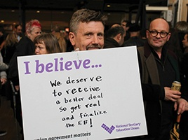 Banner - NTEU Newcastle Bargaining Update Dec  - Keep up with the news from your NTEU team